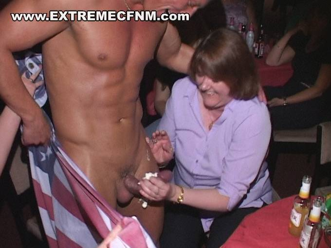 Sluts with male stripper at a real cfnm party 4