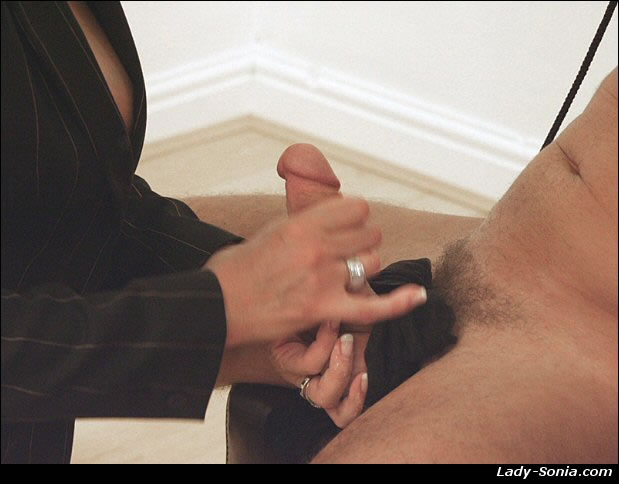 Lady sonia free hand job clips