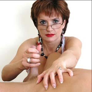 Cfnm lady sonia handjob